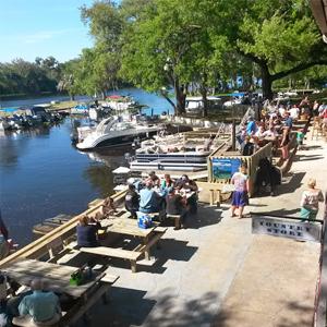 Swamp House Grill & Happy Snapper Tiki Bar - Swamp Tiki Bar Crowd